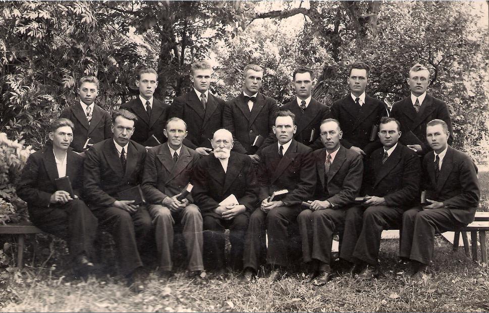 Valjala_1934_mehed