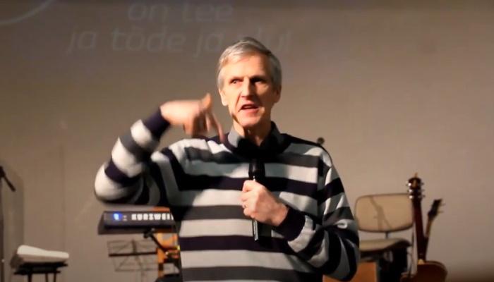 Valjala Rahu Kogudus, Jutlustab Taavi Väli